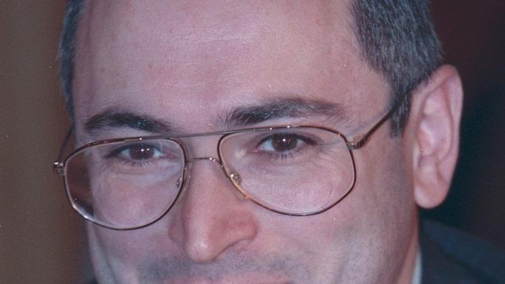 Ругань в три слоя: Соцсети разорвали Ходорковского за попытку политизировать Кемерово