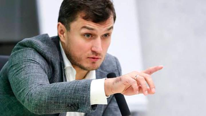Врач сборной России ответил на критику о большом количестве травмированных