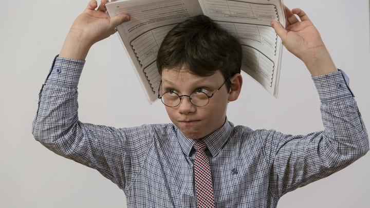 Минобрнауки: Проводить экспертизу учебников должно государство