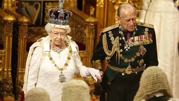 Муж королевы Великобритании принц Филипп попал в больницу