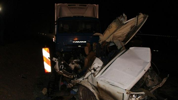 На юго-западе Москвы на светофоре разбилось десять машин