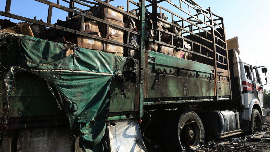 Атака на гуманитарный конвой: Разборки боевиков?