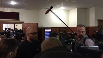 Пусть все еще посидят: Следователи просят сразу всем продлить арест по делу Серебренникова