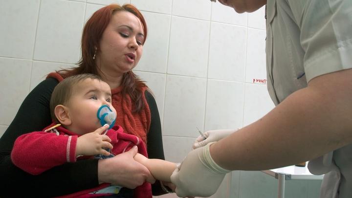 Самый крупный медицинский комплекс Тольятти может остаться без детской службы