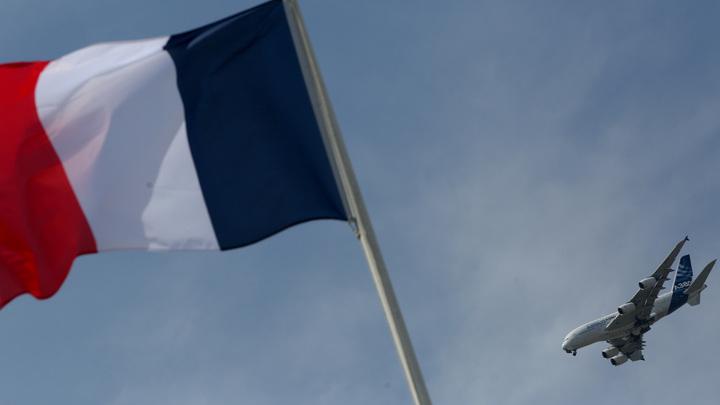 «Прикрыла свой хвост»: Франция попыталась свалить на Россию вину за бомбежку Сирии