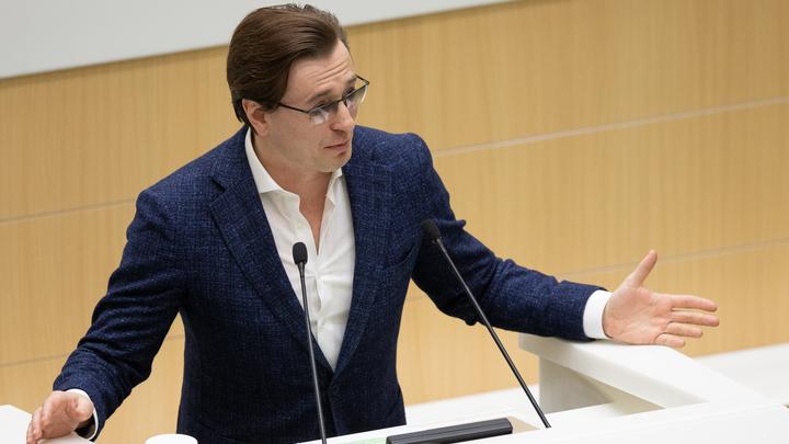 Вы совсем спятили?!?!!: Безруков эмоционально обратился к противникам храма в Екатеринбурге