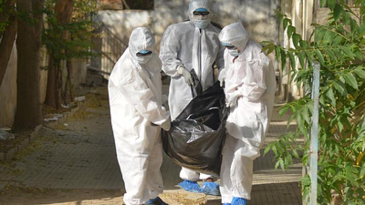 Сколько на самом деле умерло от COVID-19 в России? FT обнаружил неучтённые случаи
