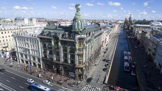 «Нью-Йорк – помойка»: Посетивший Питер американец сравнил два города