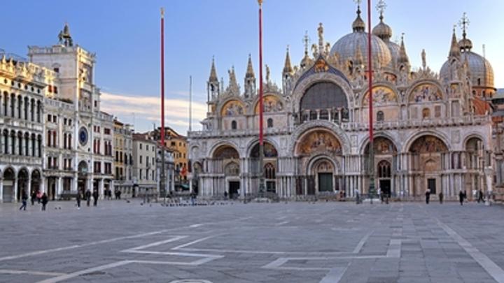 Стоп-турист: В Венеции придумали, как обуздать бесконечный поток отдыхающих