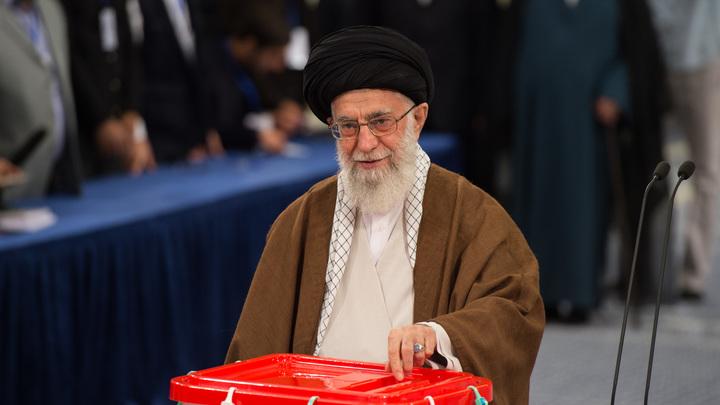Верховный лидер Ирана призвал страны региона думать перед тем, как слушать США