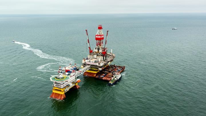 В «нефтяной гонке» Россия выбрала Китай, оставив без поставок Европу -Bloomberg