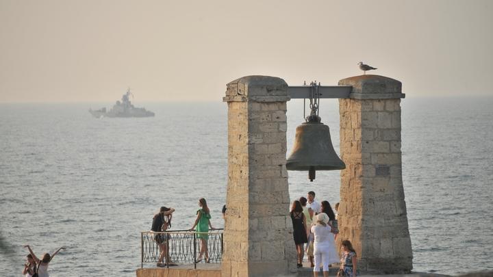 Лето пришло в Крым с опережением