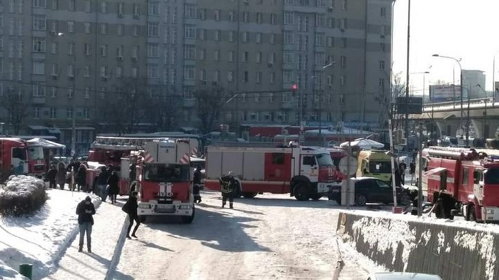 На юго-западе Москвы сгорела часть автобусного парка