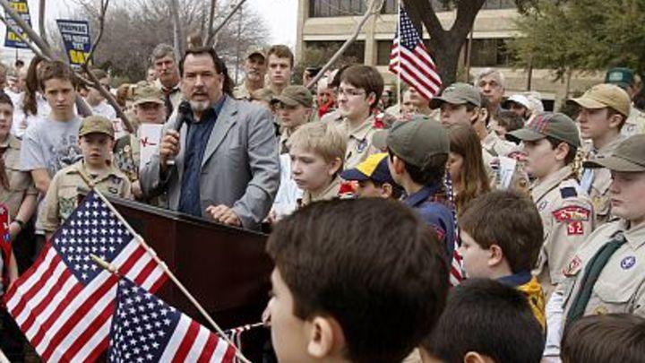 Приравняли к девочкам: Американские бойскауты больше не мальчики