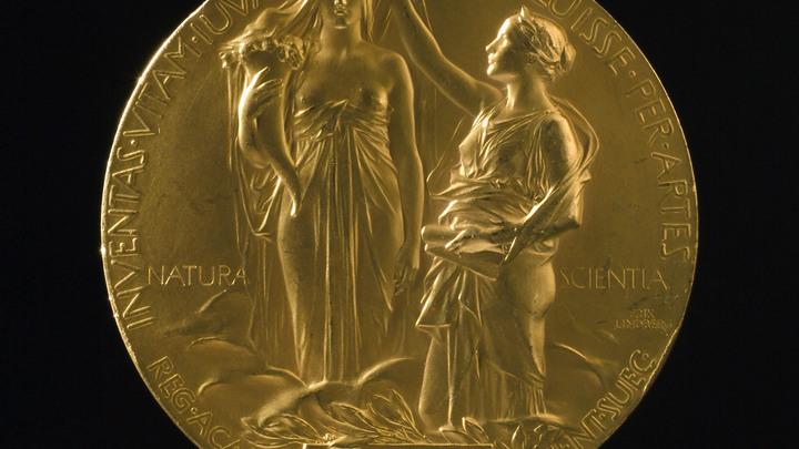 Швеция отказалась вручать Нобелевскую премию по литературе