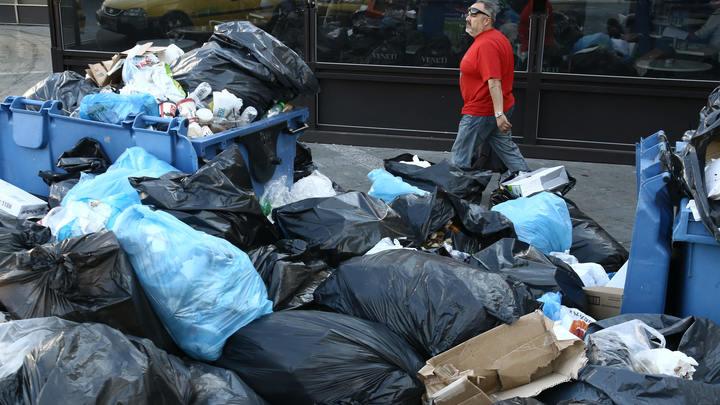 Жители Коломны заблокировали въезд иногородних мусорных фур