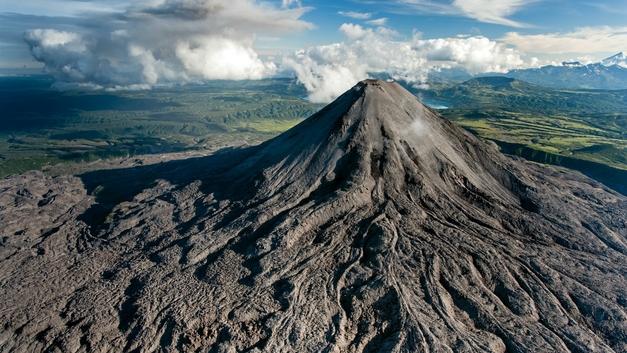 На Камчатке активизируется вулкан Ключевской