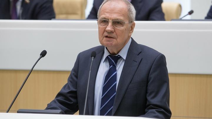 Зорькин ответил на вопрос о своем уходе из КС цитатой из «Бориса Годунова»