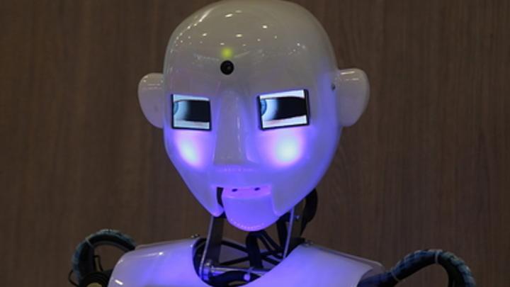 В США придумали больничного робота-санитара - видео