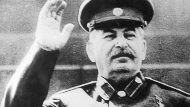 Сети угрожает вирус «Сталин», безжалостно зачищающий компьютеры незнакомых с историей СССР