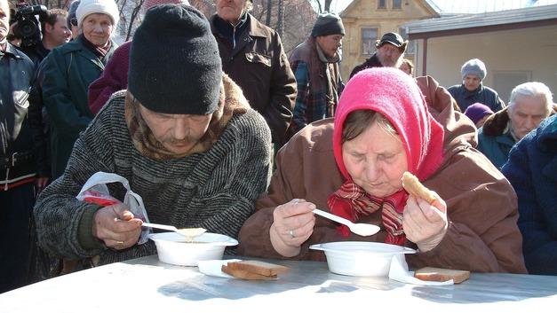 В России начинают сокращаться бедные