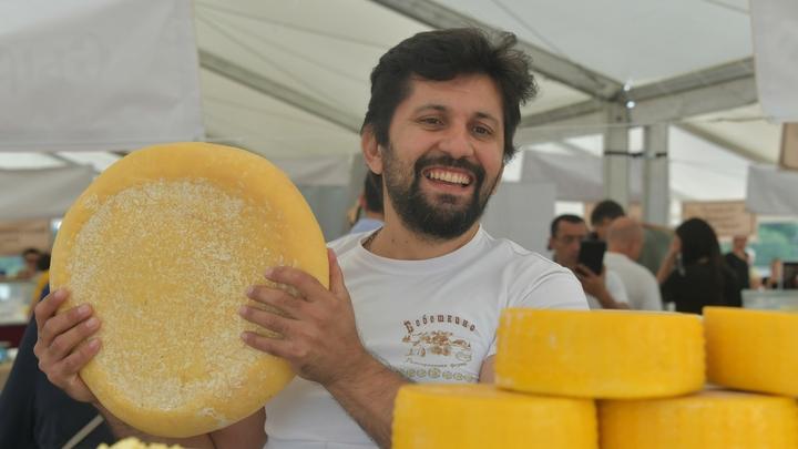 Импортозамещение спасло Россию от опасного мяса и сыра - Роспотребнадзор