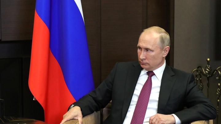 Ни одного изменения в предложение: Путин утвердил состав нового правительства