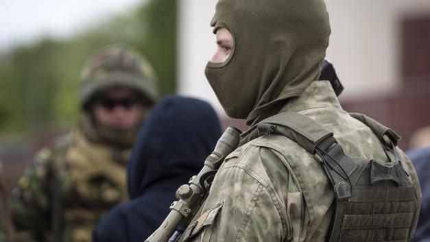 Пьяный с ружьем в Москве взял в заложники собственную семью
