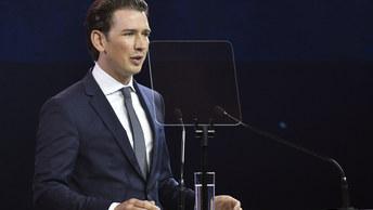 «Начинать бороться надо еще в Африке»: Австрия предложила новый «рецепт» против нелегалов