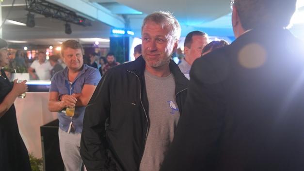 Абрамович сдался: Миллиардер больше не претендует на британскую визу