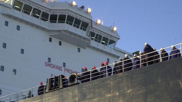 Человек и пароход: Имя Валентина Пикуля присвоят транспортному судну
