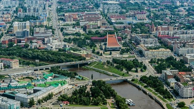 Учительницу из Омска уволили за выложенные в сеть «фотографии фривольного содержания»
