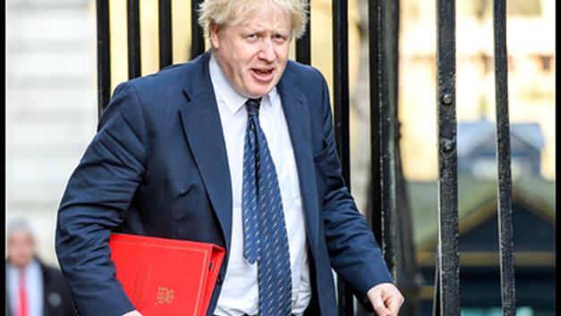 Борис Джонсон идет в атаку: Вслед за Сирией британцы добрались до Афганистана