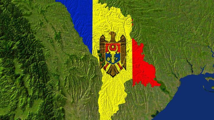 «Долой мафию»: Жители Кишинева протестуют против отмены выборов мэра