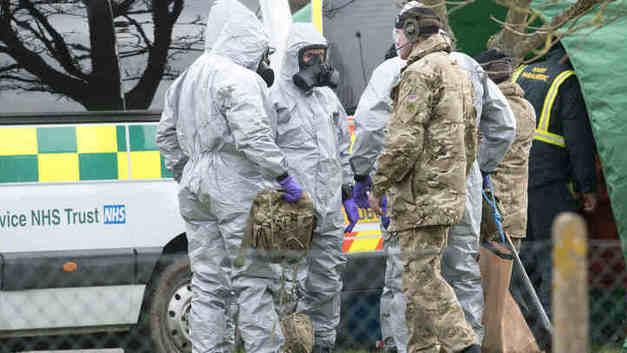 Россия хочет знать, почему в Британии «гуляют отравляющие вещества»