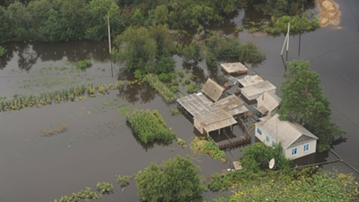 Надвигающийся циклон грозит Чите новым потопом - видео