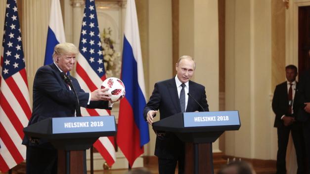 Перешли на личности: Саммит в Хельсинки сделал из Трампа «пуделя Путина»
