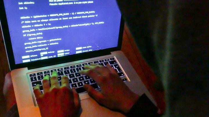 «Сундук со сказками похитили»: Соцсети насмешило фантастическое расследование о «хакерах ГРУ»