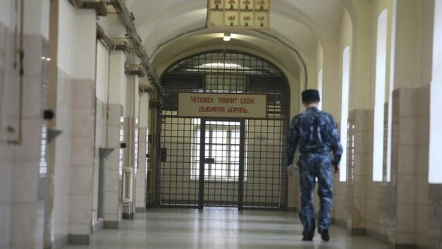 По инерции: Генерал СК Дрыманов раскричался на допрашивающих его силовиков