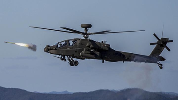 У боевого вертолета США прямо в полете отвалился иллюминатор