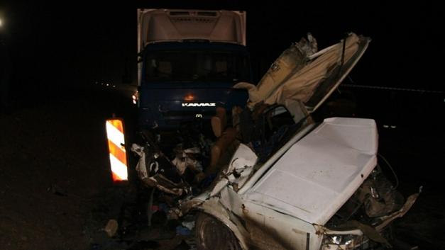 В Сахалинской области Тoyota Land Cruiser убила двух полицейских
