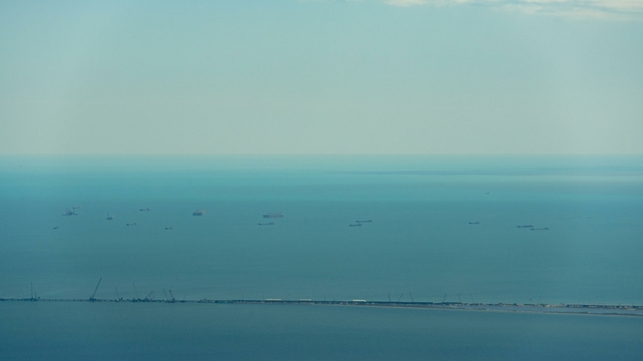 СБУ обнаружили впорту Херсона российское судно,— постпред президента вКрыму