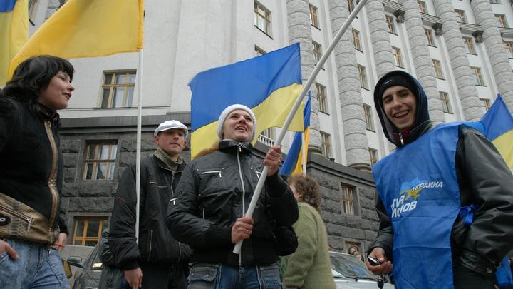 «Нечего сусолиться»: Эксперт объяснил, как сейчас надо вести себя с Украиной