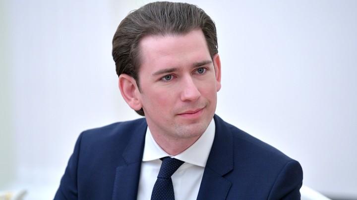 Австрийский канцлер призвал останавливать суда с мигрантами еще на границах Евросоюза
