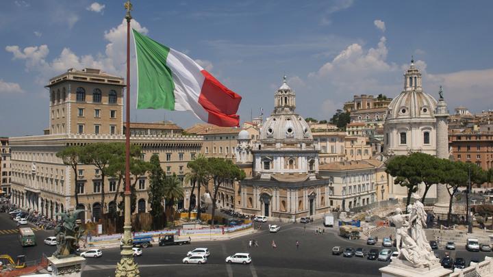 Паводок смыл группу туристов наюге Италии, есть жертвы