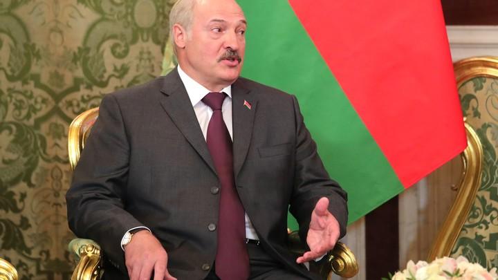 Лукашенко неожиданно направился свизитом в РФ