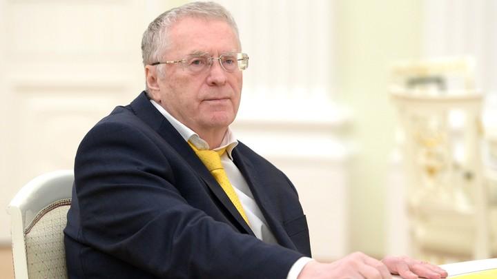 Жириновский проклял коммунистов и предложил им объединиться против выборов