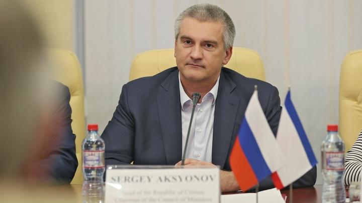«Безумный и бессовестный пиар»: Аксенов ответил Порошенко на заявление об Армянске