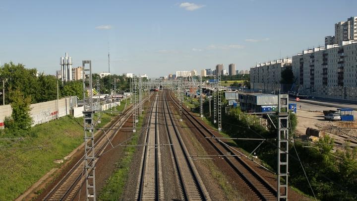 Растащили на металлолом тормоза: В Башкирии столкнулись два поезда