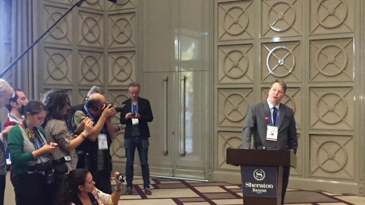Британец снялся с выборов главы ФИДЕ в пользу российского кандидата